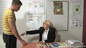 Russian mature instructor 9 - Kayla (break)