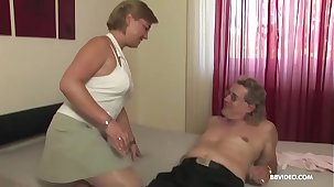Amateur mature old Germans love more 69 and fuck on camera