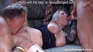 Forth gangbang dissimulation with Teresa the horniest mature lady we met