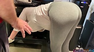 Stepmom is horny and stuck in get under one's oven - Erin Electra