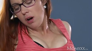 Mummy Scrimp caught wanking is thorough off unconnected with redhead milf in stockings