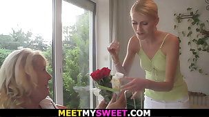 Blonde mature mom credo sons teen gf toying coupled with riding