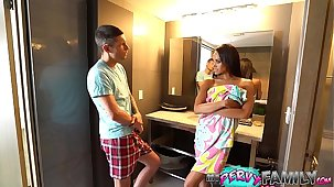 Cheating Mom Almost Caught With Move Little one (Part 1) - Gia Vendetti -