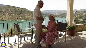 Mature busty wife gets fisting with fabulous view
